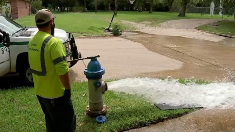Texas House Speaker in Lake Jackson as town faces amoeba threat in the water